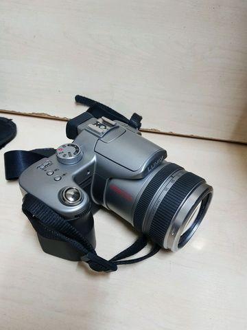 Second hand camera